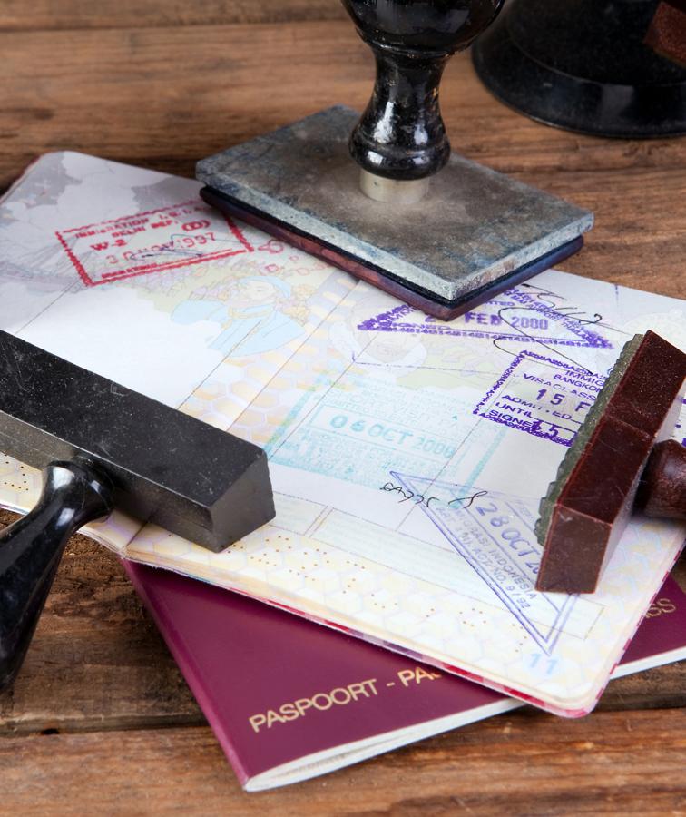 Отримання дозволу на повернення в Україну